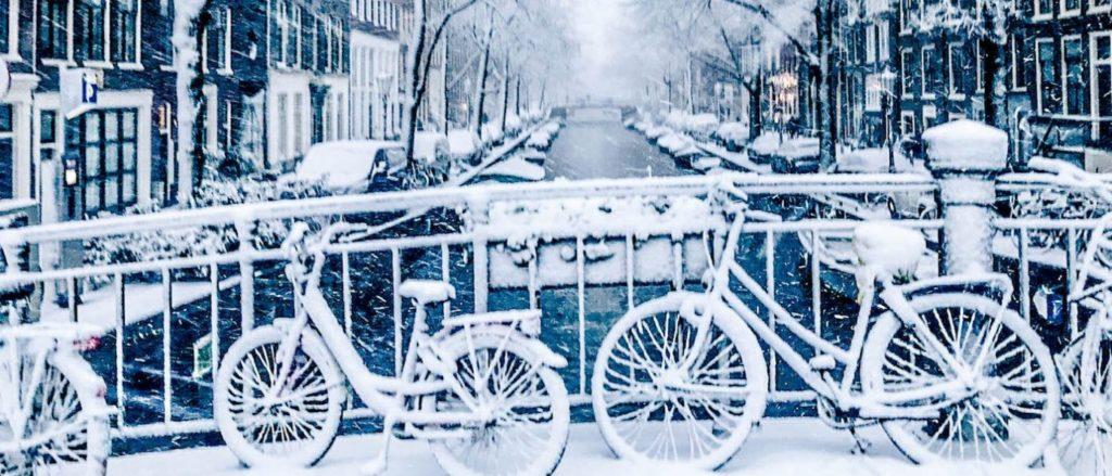 Met een slimme thermostaat zit je er ook tijdens barre winters warmpjes bij.