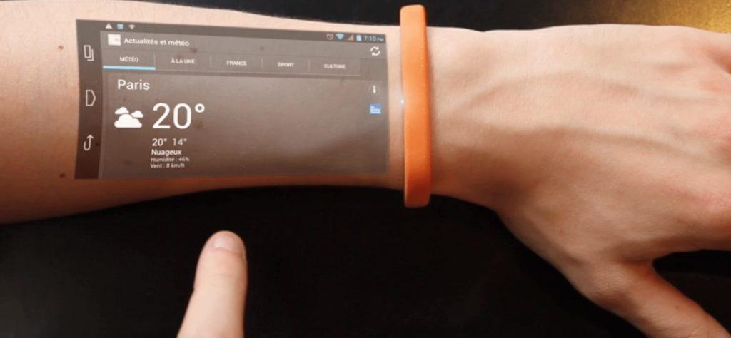 in de toekomst is je slimme thermostaat vanaf je arm te bedienen.